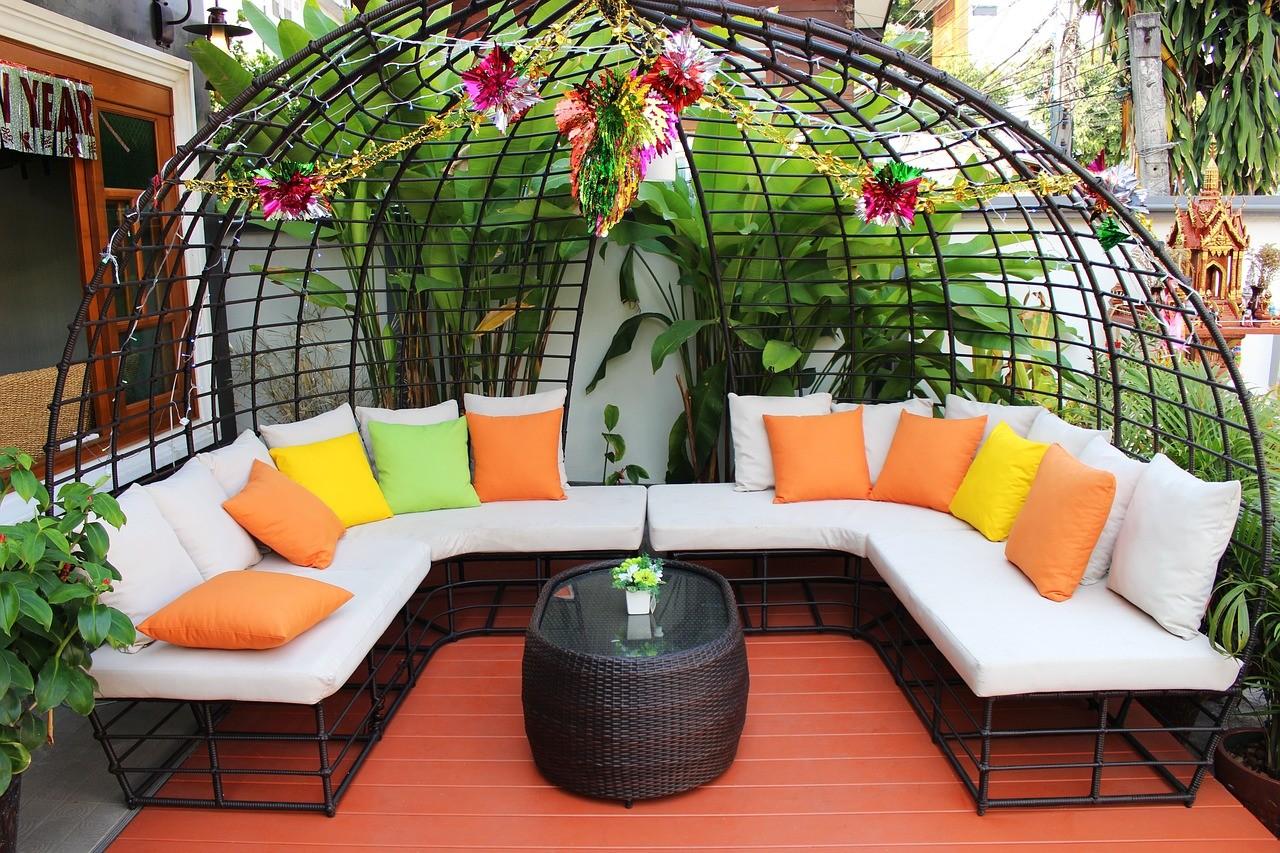 Jak zrobi ogr d nowoczesny praktyczny poradnik Home life furniture bangalore