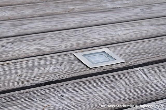 patio surowe drewno